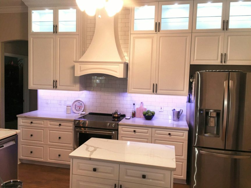 Kitchen Remodel In Lakewood Ranch With White And Gray Granite